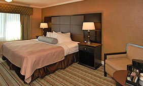 Best Western Carmel's Town House Lodge - King Suite