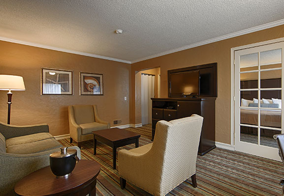 King Family Suite available in Hotel Best Western Carmel's Town House Lodge