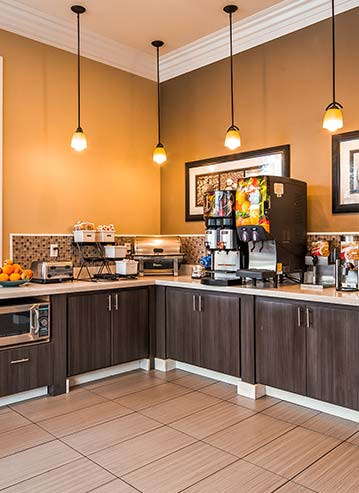 Complimentary Continental Breakfast at California Hotel