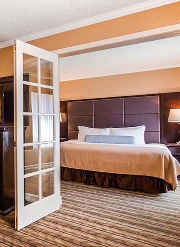 Family Suites in Hotel Best Western Carmel's Town House Lodge