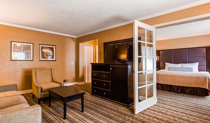 King Family Suite available at Hotel Best Western Carmel's Town House Lodge
