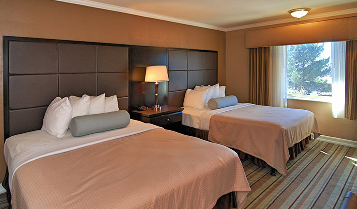 Two Queen Bed Room in Best Western Carmel's Town House Lodge Hotel